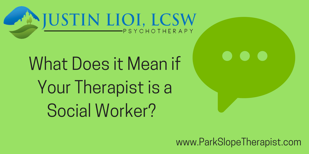 What Kind of Therapist Is a Social Worker?